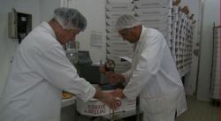 vie-fraternelle-fromagerie-1.jpg